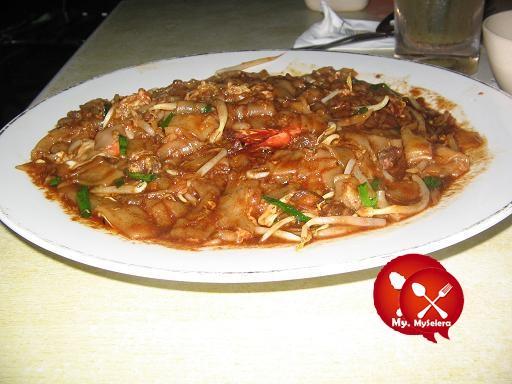 kunang-kunang char kuey teow goreng