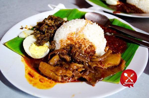Nasi Lemak Sedap KL Nasi Lemak Famous, Bangsar-4
